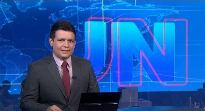 Magno é âncora de telejornais no Piauí