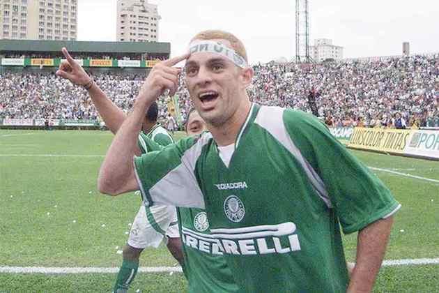 Magrão figura em sexto, com 30 passes que viraram gol. O volante defendeu o Palmeiras entre 2000 e 2005.