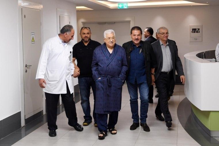 Hospitalizado, presidente palestino Abbas sofre de infecção pulmonar