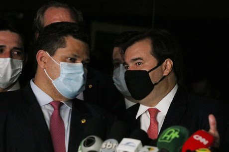 Alcolumbre e Maia falaram sobre mortes na pandemia