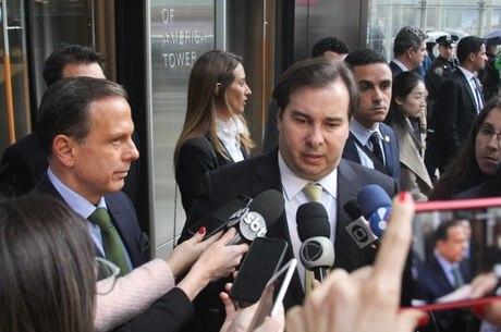 Rodrigo Maia e o governador João Doria, em Nova York