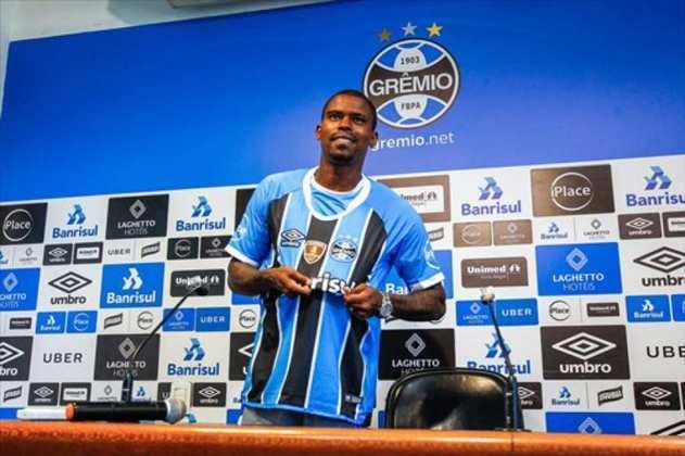 Maicosuel - Atacante - 34 anos - Ultimo clube: São Paulo