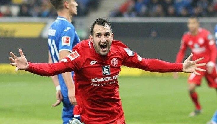 Mainz - Pontos: 26 / Jogos:25  / Vitórias:8 / Empates: 2 / Derrotas: 15 / Gols: 34