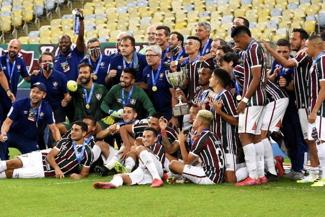 10º Fluminense - 7 títulos2 Campeonatos Brasileiros (2010 e 2012)1 Copa do Brasil (2007)1 Primeira Liga (2016)3 Campeonatos Cariocas (2002, 2005 e 2012)
