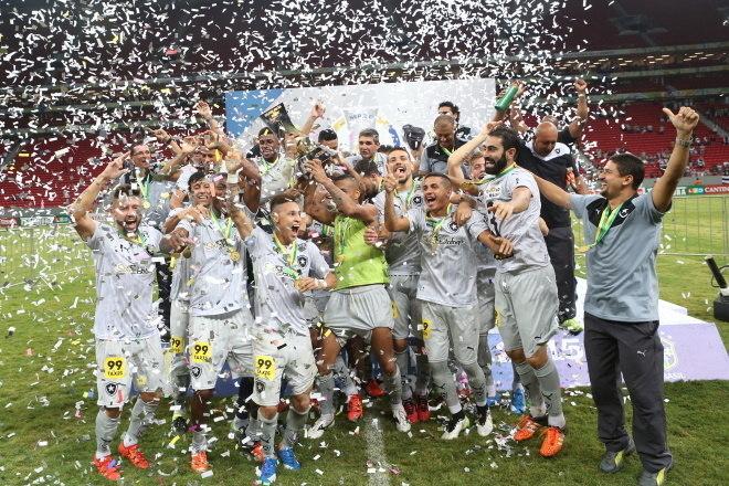 12º Botafogo - 5 títulos1 Campeonato Brasileiro Série B (2015)4 Campeonatos Cariocas (2006, 2010, 2013 e 2018)
