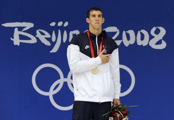Maior medalhista da história olímpica, o norte-americano Michael Phelps é dono de cinco recordes individuais dos Jogos: 200m livre, 100m borboleta, 200m borboleta, 200m medley e 400m medley.