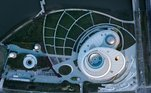 A estrutura do SAM teve como inspiração a geometria do cosmos e também a órbita dos corpos celestes