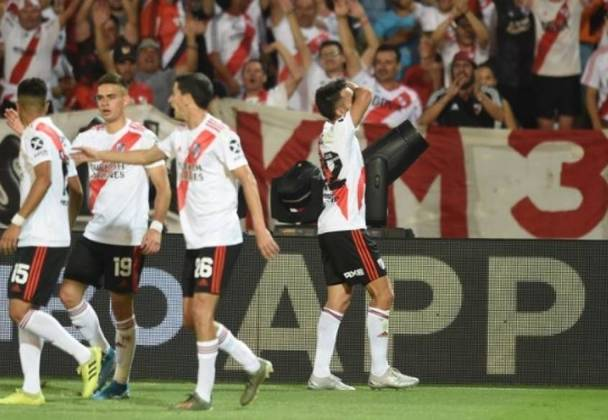 Argentina - River Plate - 36 títulos
