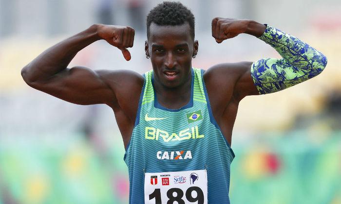 Mais atletismo: às 7h10, Gabriel Constantino (foto), Eduardo de Deus e Rafael Pereira participam das eliminatórias dos 110m com barreiras.