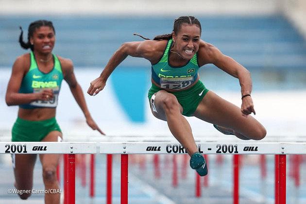 Mais atletismo: Ketiley Batista participa das eliminatórias dos 100m com barreiras, às 22h45.