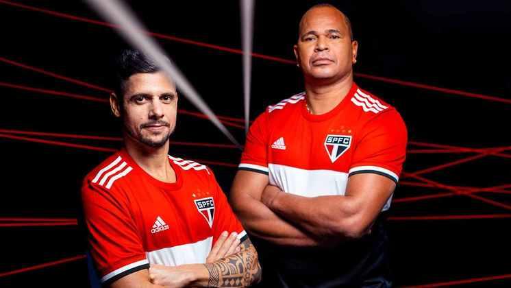 Mais detalhes da terceira camisa do São Paulo