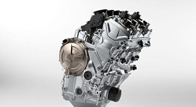 Mais leve, a nova versão da S 1000 RR traz motor de quatro cilindros em linha de 207 cavalos / Divulgação