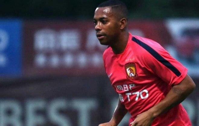 Mais um jogador veterano que jogou na China é Robinho. O Rei das Pedaladas atuou no Guangzhou Evergrande em 2015, quando fez dez jogos e três gols na equipe asiática.