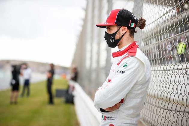 Mais uma corrida sem pontos para Giovinazzi na temporada 2020
