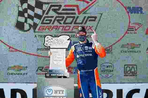 Mais uma vitória de Dixon, também acertando em estratégia e performance. O piloto da Penske foi apenas 14º