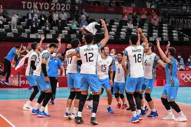 Mais vôlei: França e Argentina fazem a outra semifinal do naipe masculino, às 9h.