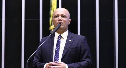 Major Vitor Hugo (PSL-GO), autor da proposta