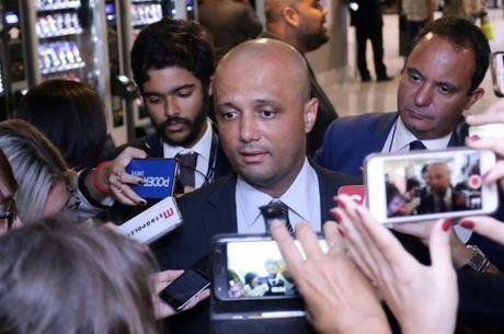 O líder do governo na Câmara, Major Vitor Hugo