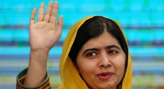 Malala em evento no México no ano de 2017; em entrevista à BBC News Brasil, ela destacou que há vários caminhos, diferentes da trajetória dela, para que meninas e mulheres sejam agentes transformadoras