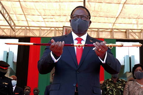 Presidente do Malawi é cristão e foi pastor