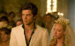 Mamma Mia! é perfeito para o fim de semana. O filme é estrelado por Amanda Seydriend, junto com Meryl Streep e Pierce Brosnan, que foi indicada ao Oscar 2021 na categoria de Melhor Atriz Coadjuvante por Mank