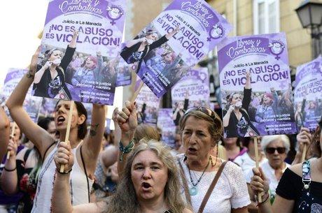 Mulheres foram protestar em toda a Espanha