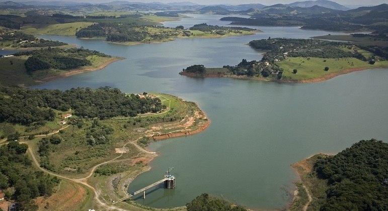 SP estuda incluir na tarifa de água verba para programa de proteção de mananciais