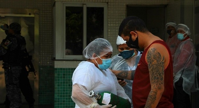 Órgãos recomendam restringir vacinação a profissionais de saúde de grupo de risco