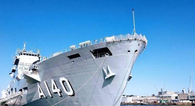 O maior navio de guerra do Brasil, o porta-helicópteros multipropósito Atântico