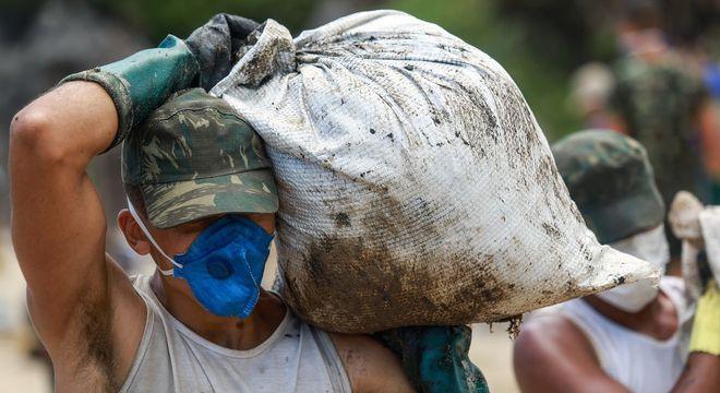 Roupa adequada reduz o risco de contaminação