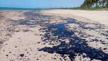 Vazamento de óleo pode ter partido de navio irregular, diz Marinha