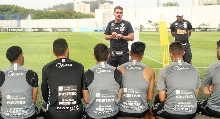 Mancini implora paciência e garante que o Corinthians pagará o que deve
