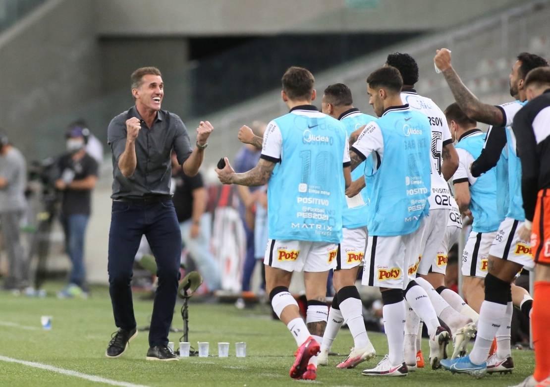 Mancini conseguiu revolucionar o desacreditado elenco corintiano. Quer a Libertadores