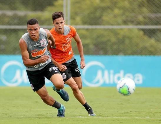 Mancini decidiu chamar nove jogadores da base do Corinthians para treinar com o elenco principal, já pensando na temporada 2021. Ao todo, 22 atletas com passagens pelas categorias de formação do Timão estão trabalhando com o grupo profissional. Confira quem são eles na galeria a seguir:
