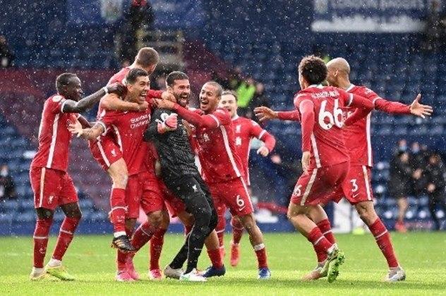 MANDOU BEM - Além de parar alguns ataques do West Brom, Alisson marcou o gol da vitória do Liverpool no último domingo