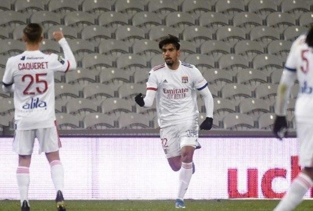 MANDOU BEM - Lucas Paquetá fez mais uma boa partida e foi decisivo ao marcar o gol do empate do Lyon contra o Lens