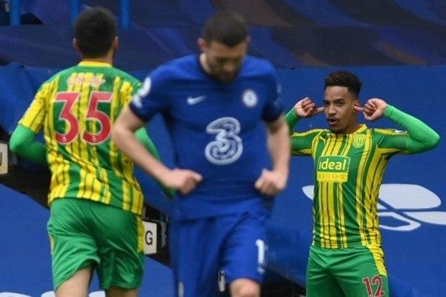 MANDOU BEM - Matheus Pereira marcou dois gols nos acréscimos do primeiro tempo e fez com que o West Brom fosse para o intervalo do primeiro tempo contra o Chelsea vencendo por 2 a 1. No final, o time do brasileiro goleou por 5 a 2