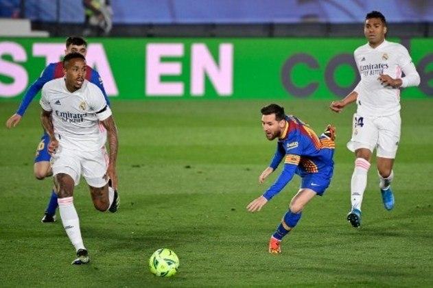 MANDOU BEM - Militão foi seguro defensivamente no clássico contra o Barcelona apesar de ter encarado Messi do outro lado