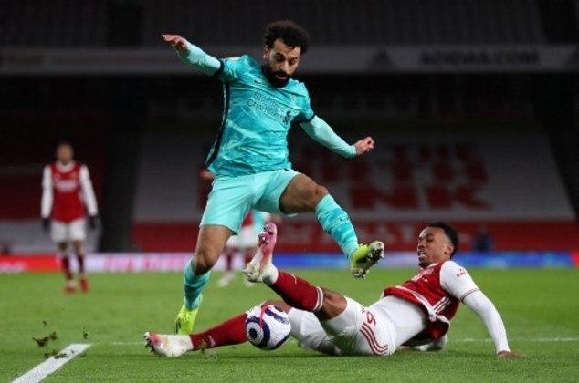 MANDOU MAL - Gabriel Magalhães sofreu com Salah no segundo gol do Liverpool e errou na saída de bola que resultou no terceiro tento da equipe de Jurgen Klopp
