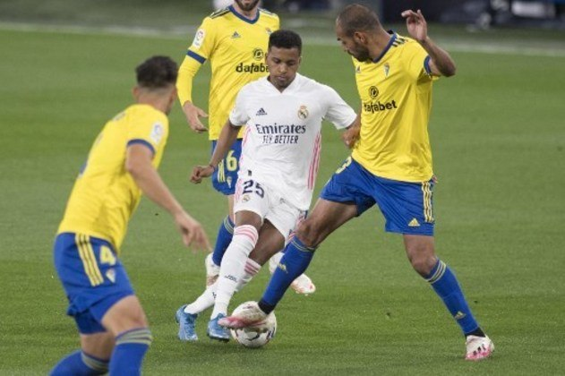 MANDOU MAL - Rodrygo ficou sumido no empate sem gols do Real Madrid contra o Betis e foi substituído pelo técnico Zidane