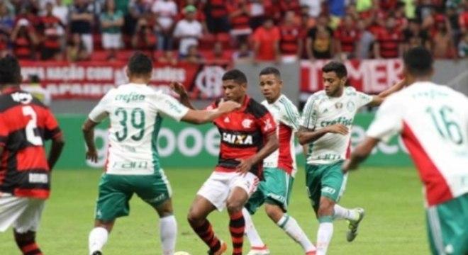 Mané Garricha x Palmeiras
