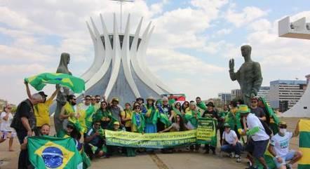 Caravana manifesta apoio ao presidente Jair Bolsonaro durante atos em preparação a 7 de setembro