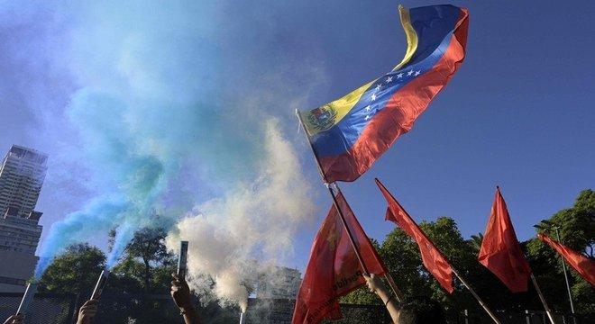 Manifestação em apoio a Maduro