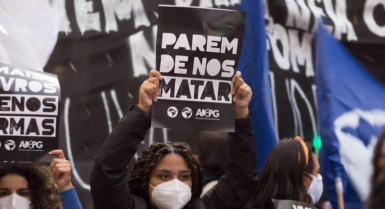 Manifestação marca o  13 de maio na Avenida Paulista