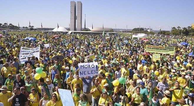Manifestação em Brasília reuniu cerca de 20 mil pessoas, segundo PM