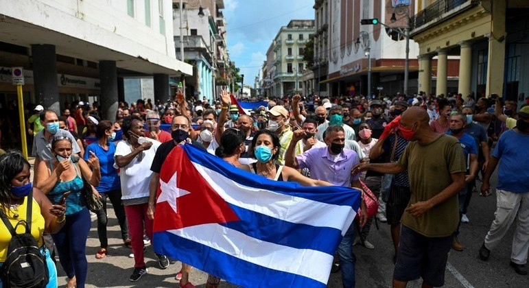 Cuba tem a maior manifestação popular desde a Revolução de 1959