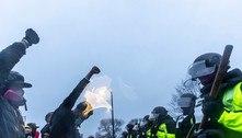 EUA: população faz vigília onde jovem negro foi morto pela polícia