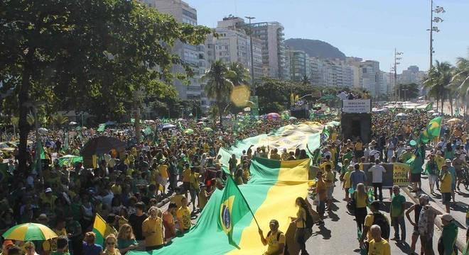 Apoiadoras de Moro criticam presença de MBL na manifestação