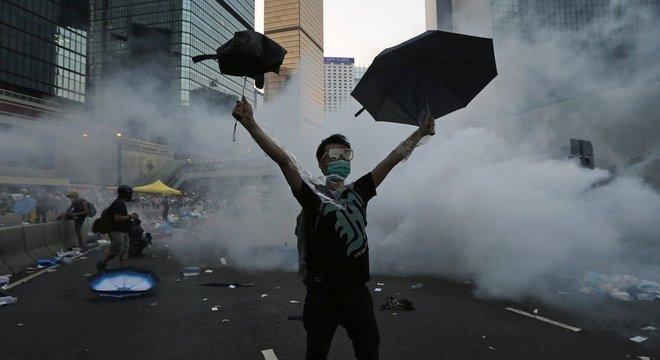 Carrie Lam teve conversas com líderes de atos pró-democracia em 2014, mas rejeitou mudanças no sistema de escolha eleitoral