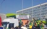 Manifestantes criticam STF e prestam apoio ao governo Bolsonaro